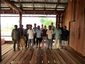 One of our teams had the opportunity to speak with some buddhists priests in Cambodia.